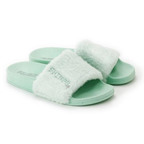 https://fcdn.shineeworld-j.smtown-fc.jp/uploads/image/sw18_sandals.jpg